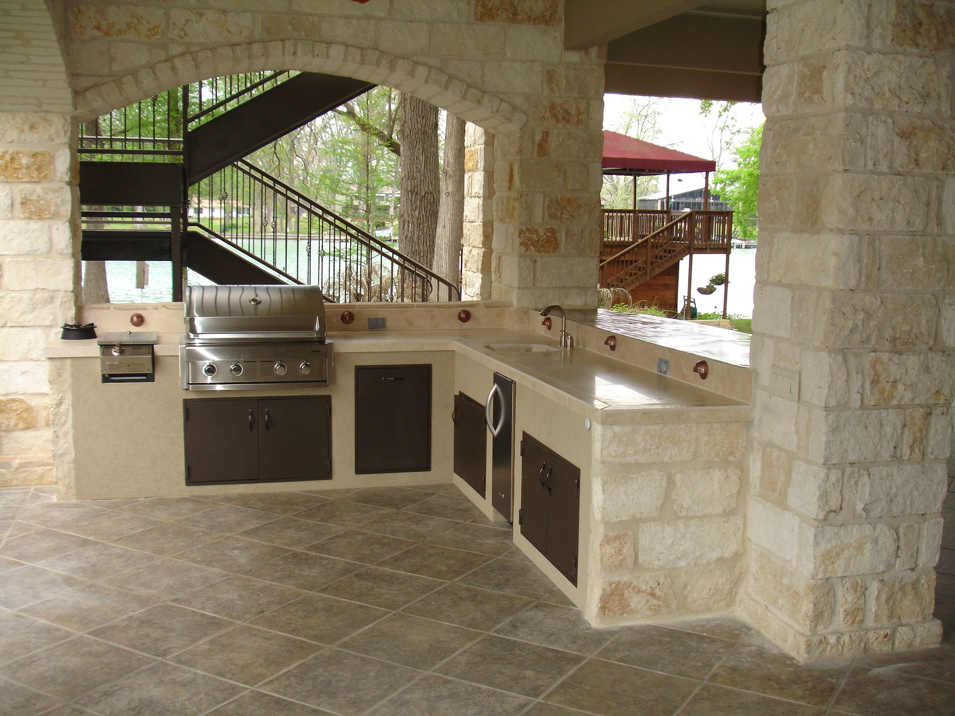 Custom Outdoor Kitchens - Best American Builders